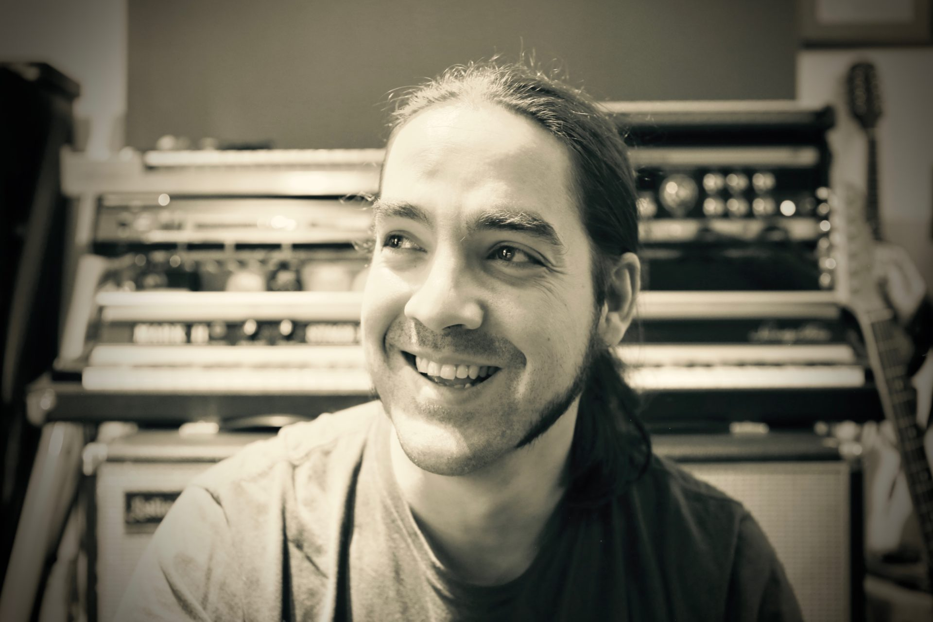 mario vaira - composer & songsmith | i write and produce music for a